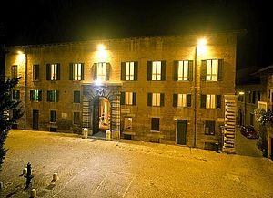 notturno Palazzo Toschi Mosca