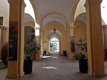 Cortile di Palazzo Mosca_Musei Civici