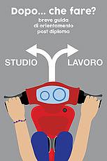 copertina guida con scooter rosso, 2 frecce direzionali con accanto le scritte bianche Studio  e Lavoro e in alto titolo guida, su sfondo grigio chiaro