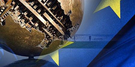 Bandiera dell'Europa e veduta di Pesaro