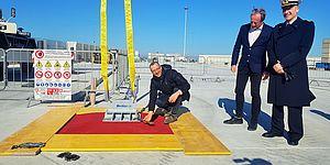 Cantiere Rossini, Ricci posa la 'prima pietra' del nuovo capannone: «Prosegue  'Rinascimento' del Portobello»