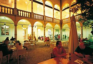 Cortile Palazzo Gradari