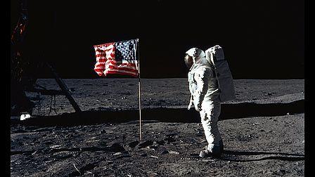a 50 dallo sbarco sulla Luna