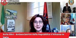 Autorità albanesi