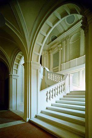 Scalinata Palazzo Montani Antaldi