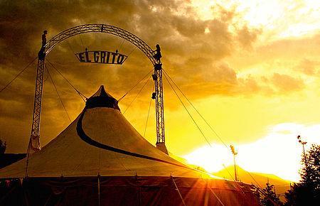 Stupor Circus chapiteau