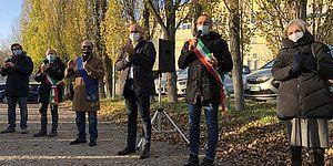 Il presidio di oggi davanti all'ospedale di Muraglia, a Pesaro