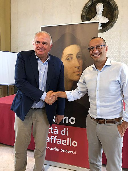 il sindaco di Pesaro Matteo Ricci e il sindaco di Urbino Maurizio Gambini