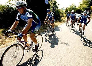 Ciclisti sul Monte San Bartolo