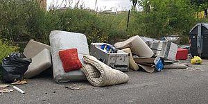 Materasso e altri rifiuti