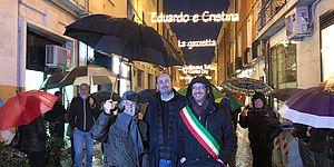 Via Passeri si accende con Rossini
