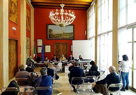 Sala Rossa del Comune di Pesaro