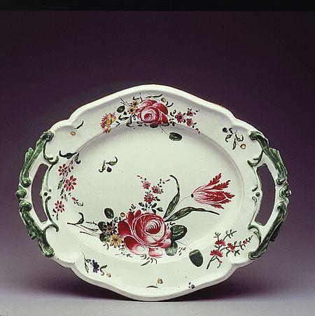 Vassoio alla rosa, manifattura Casali Antonio e Callegari Filippo_Pesaro Musei Civici di Palazzo Mosca