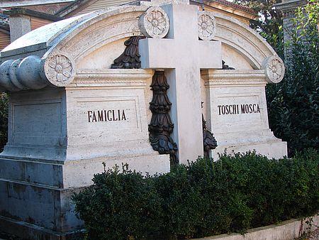 Tomba della famiglia Toschi Mosca