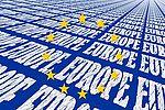 scritte Europe su fondo blu e stelle gialle al centro