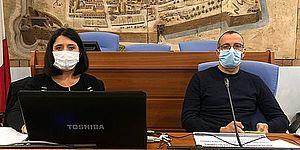 Foto del Sindaco Matteo Ricci e dell'Assessore alla Coesione e al Benessere Mila Della Dora