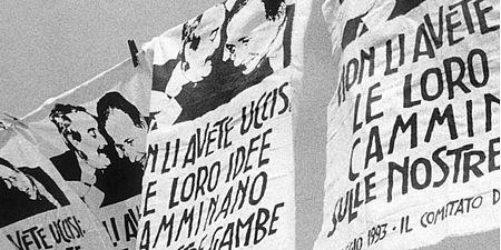 Fotografia di manifesti con Falcone e Borsellino