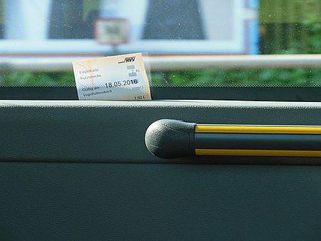Immagine biglietto bus