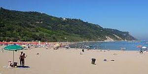 spiaggia mare baia flaminia