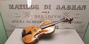 Viola al Museo Nazionale Rossini