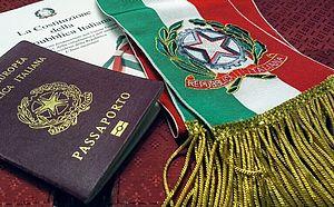 foto passaprto costituzione con fascia tricolore