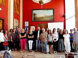 Foto con i firmatari del Patto per la lettura