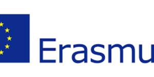 Bandiera europea con scritta Erasmus plus