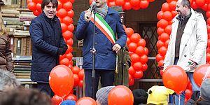 Biancani Ricci con palloncini 150°