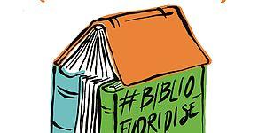 La biblioteca fuori di sé…in spiaggia locandina