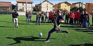 Il 'calcio d'invio' di Ricci per il nuovo campo da rugby: «Grande investimento per uno sport che cresce e forma giovani»