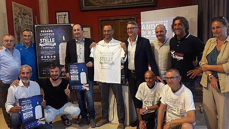 """""""Candele Sotto le Stelle, la notte di San Lorenzo a Pesaro"""", Ricci: «Una cartolina magica che promuove la città»"""