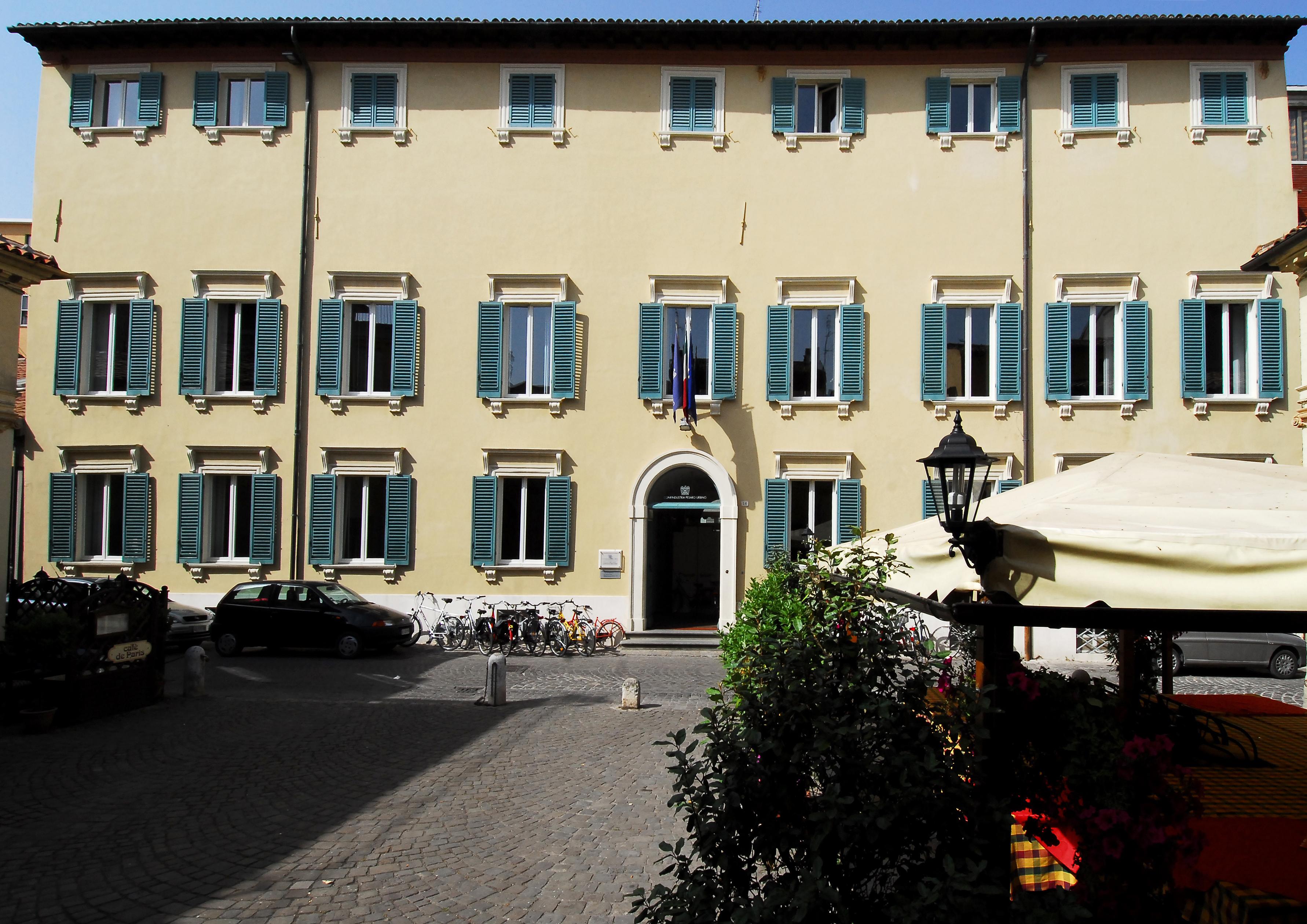 Palazzo Ciacchi sede di Confindustria Veduta esterna