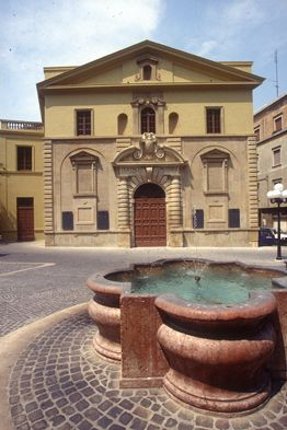 Esterno Teatro Rossini