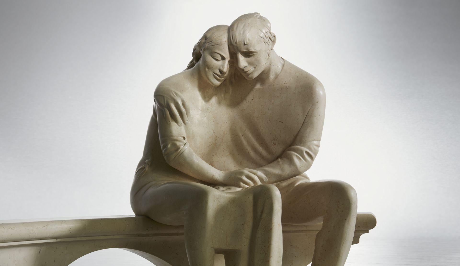 statua innamorati