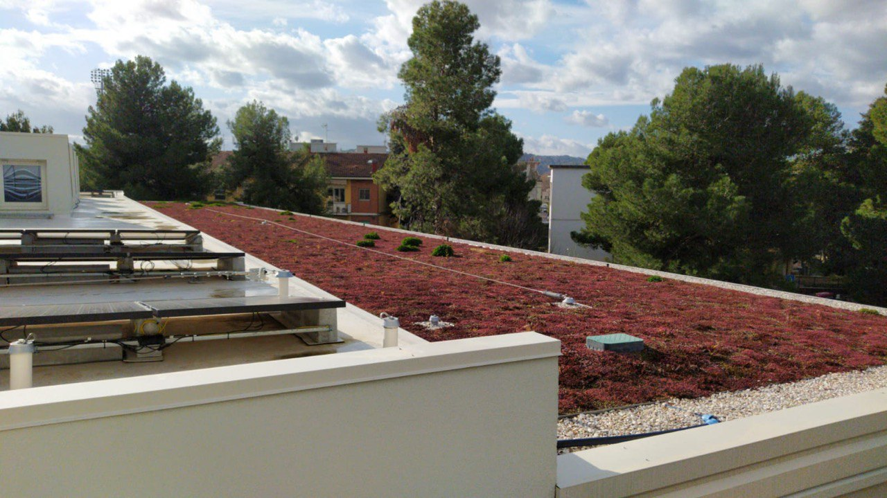 tetto della scuola di via la marmora