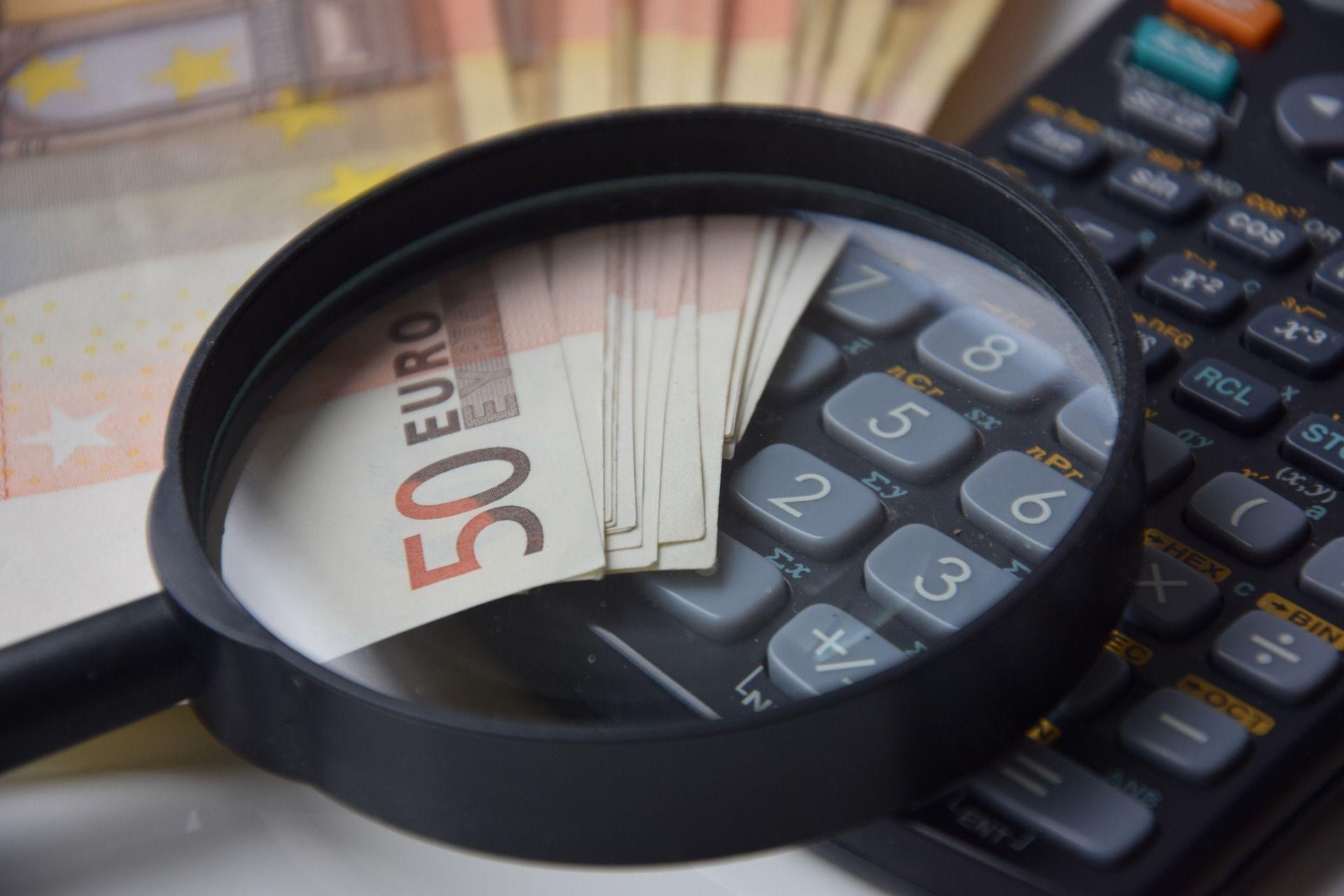 Calcolatrice lente d'ingrandimento banconote