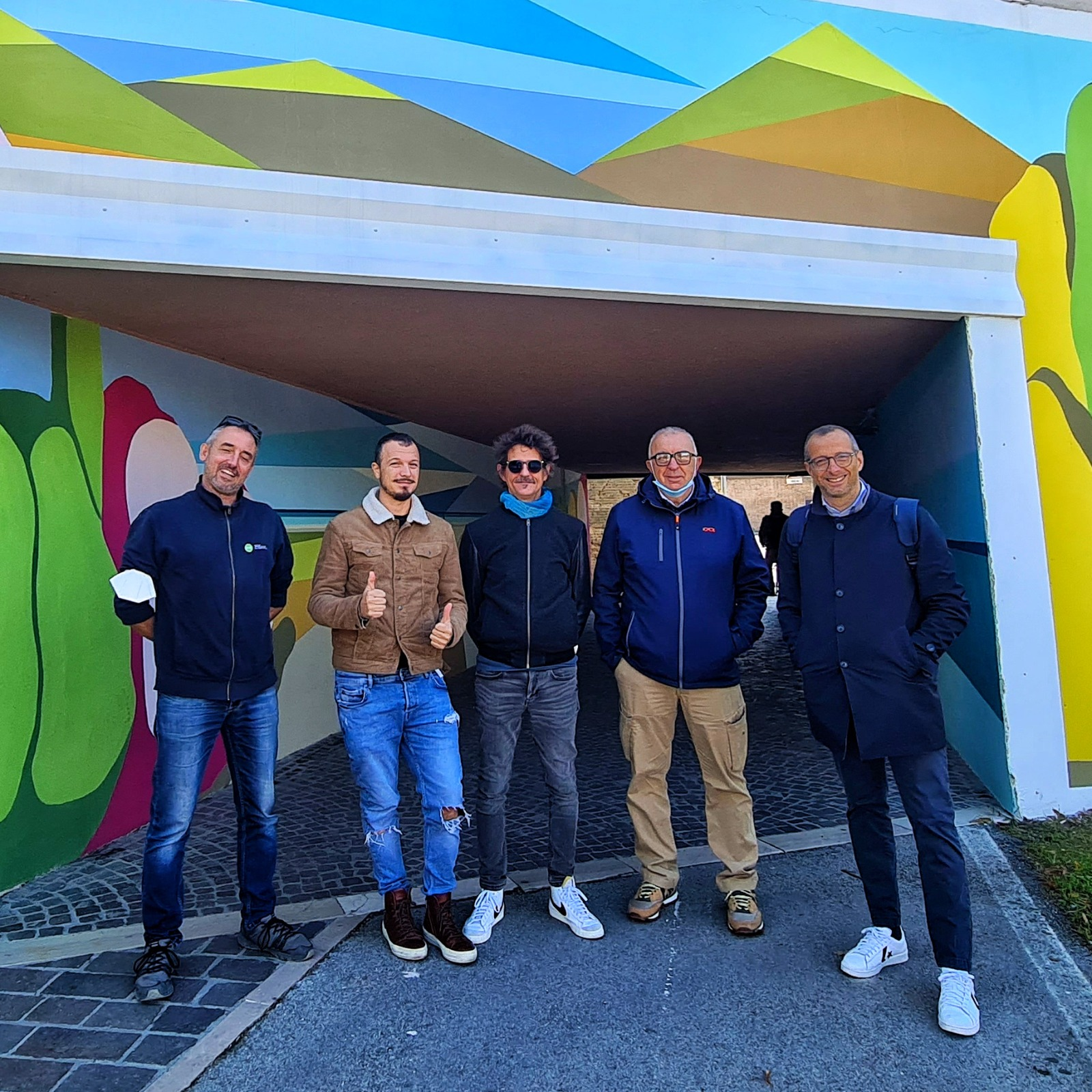 Ricci Belloni e artisti del murales